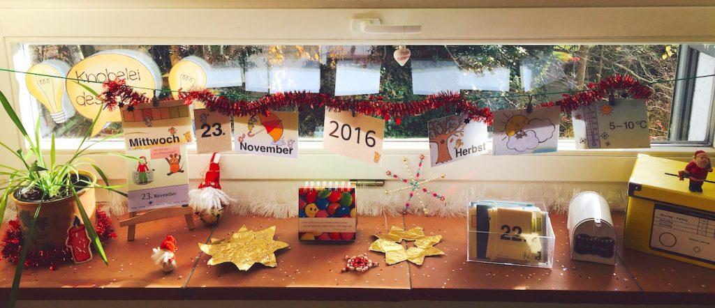 Weihnachten in der grundschule - Fensterdeko weihnachten kinder ...